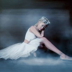 1create - Lyra Ballerina by Samantha Wells - Online